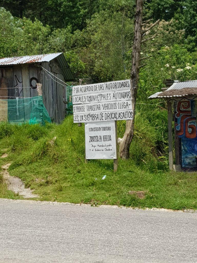 ingången till zapatistiskt område i Ovantik